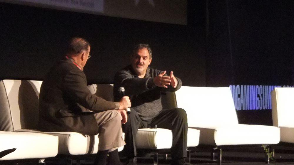 Bob Dowling (left), Jon Landau (right)